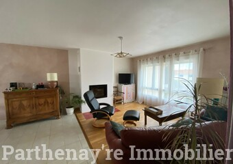 Vente Maison 6 pièces 131m² Parthenay (79200) - Photo 1