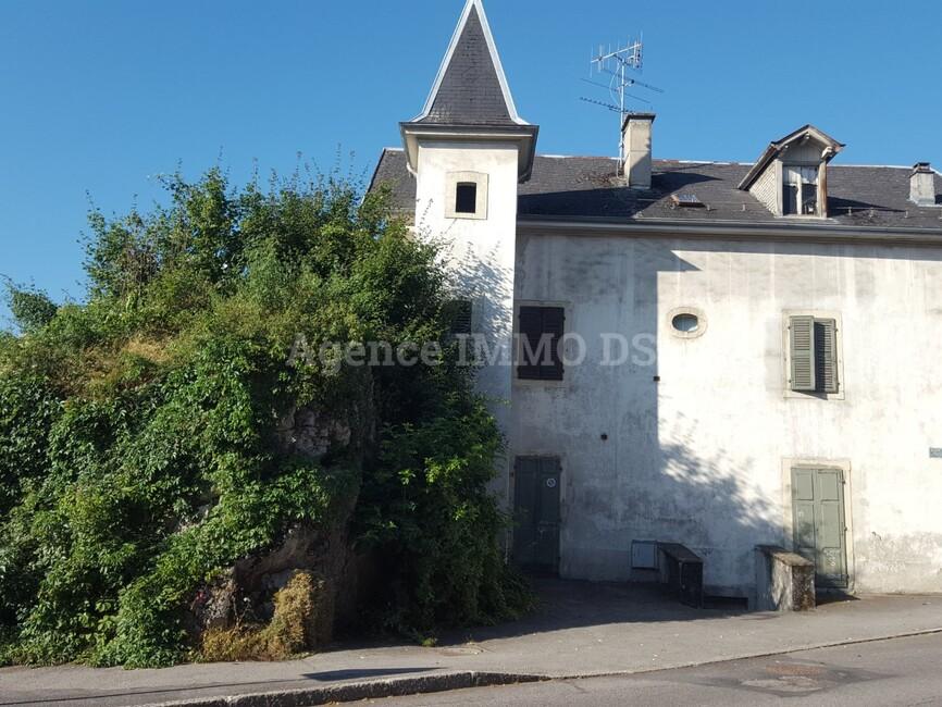 Vente Maison 11 pièces 233m² La Roche-sur-Foron (74800) - photo