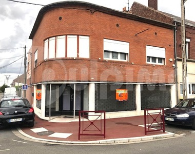 Location Local commercial 61m² Sallaumines (62430) - photo