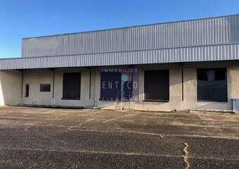 Sale Industrial premises 3 760m² Agen (47000) - Photo 1