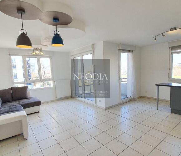Vente Appartement 3 pièces 69m² Échirolles (38130) - photo