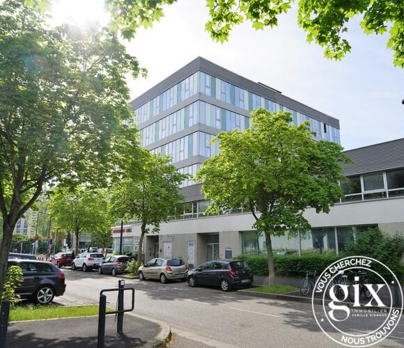 Vente Bureaux 438m² Grenoble (38100) - photo