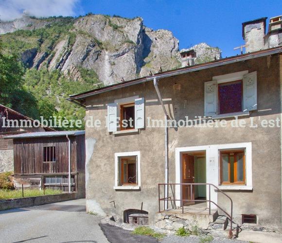 Vente Maison 6 pièces 82m² Saint-Martin-d'Arc (73140) - photo