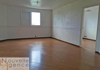 Vente Appartement 4 pièces 99m² Saint-Denis (97400) - Photo 1