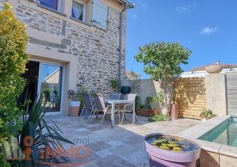 Vente Maison 5 pièces 88m² Saint-Andéol-le-Château (69700) - Photo 1