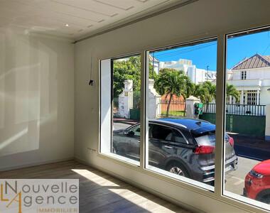 Location Bureaux 4 pièces 75m² Saint-Denis (97400) - photo