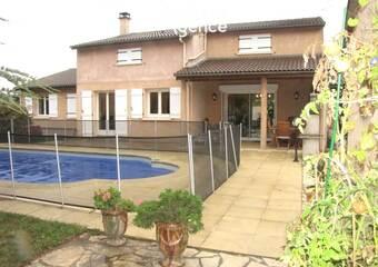 Location Maison 8 pièces 176m² Alixan (26300) - Photo 1