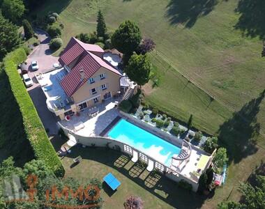Vente Maison 10 pièces 370m² Crémieu (38460) - photo