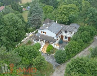 Vente Maison 9 pièces 160m² Yssingeaux (43200) - photo
