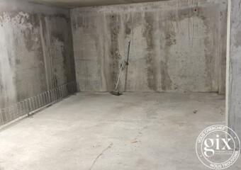 Location Garage 25m² Fontaine (38600) - Photo 1