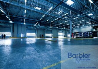 Location Local industriel 600m² Vannes (56000) - Photo 1