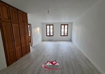 Renting Apartment 2 rooms 61m² Houdan (78550) - Photo 1