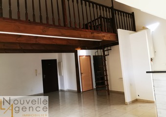 Location Appartement 3 pièces 85m² Saint-Denis (97400) - Photo 1