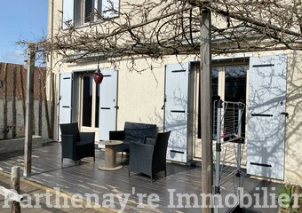 Vente Maison 5 pièces 103m² Parthenay (79200) - Photo 1