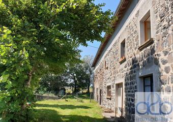 Vente Maison 4 pièces 438m² Le Monastier-sur-Gazeille (43150) - Photo 1