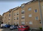 Renting Apartment 3 rooms 59m² Nogent-le-Roi (28210) - Photo 2