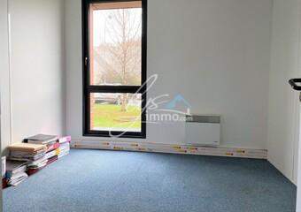 Location Bureaux 6 pièces 67m² Nieppe (59850) - photo 2
