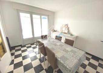Location Maison 5 pièces 300m² Douvrin (62138) - Photo 1