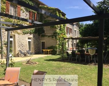 Vente Maison 20 pièces 1 000m² Rochessauve (07210) - photo