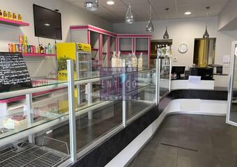 Sale Commercial premises 243m² Agen (47000) - Photo 1
