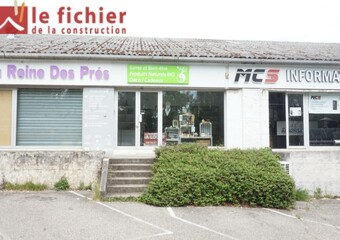 Location Local commercial 4 pièces 220m² Crolles (38920) - Photo 1
