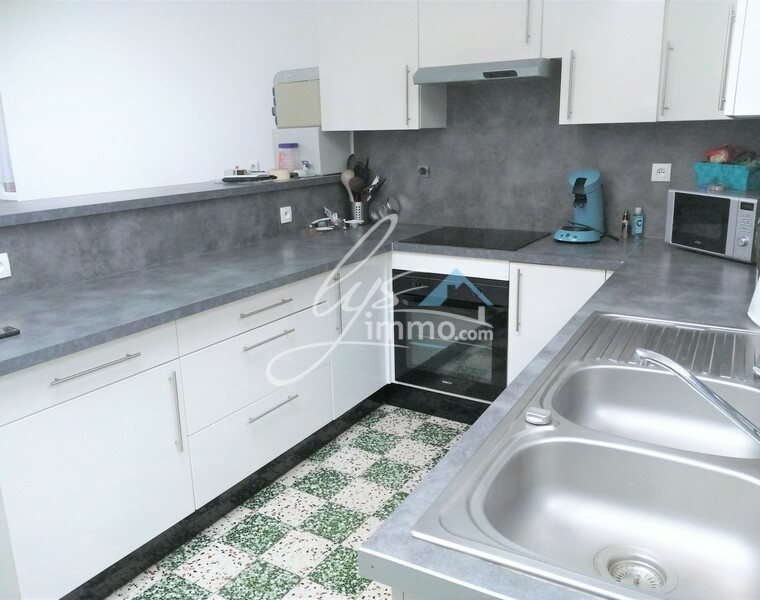 Location Appartement 78m² Bailleul (59270) - photo