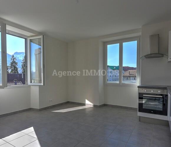 Vente Appartement 4 pièces 103m² La Roche-sur-Foron (74800) - photo