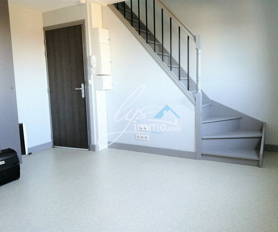 Location Appartement 25m² Nieppe (59850) - photo
