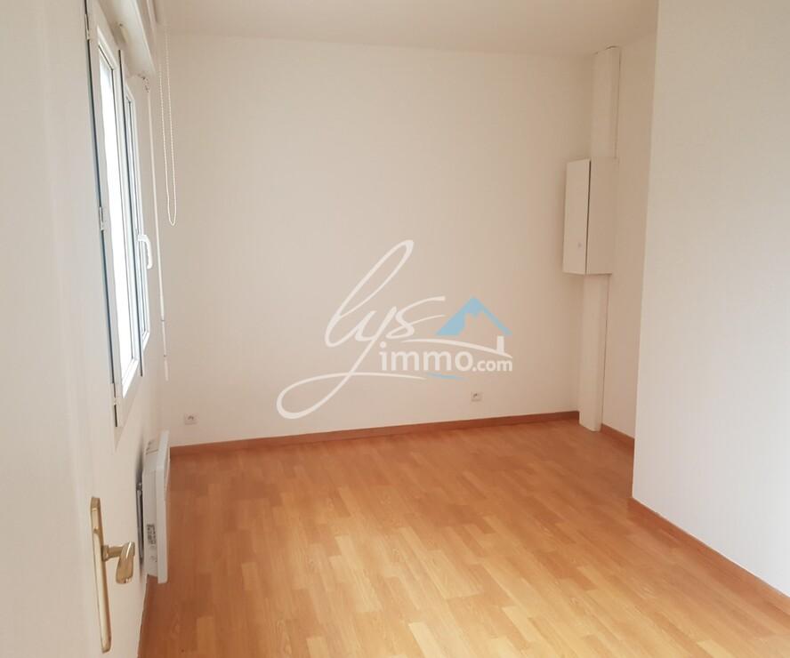 Location Appartement 2 pièces 45m² Auchy-les-Mines (62138) - photo