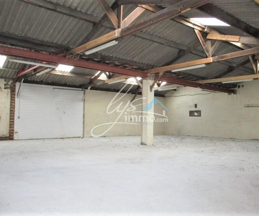 Location Local industriel 217m² Bailleul (59270) - photo