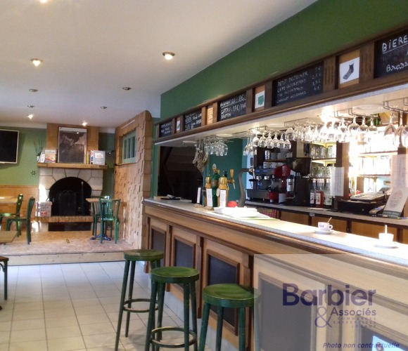 Vente Local commercial 275m² VANNES EST - photo