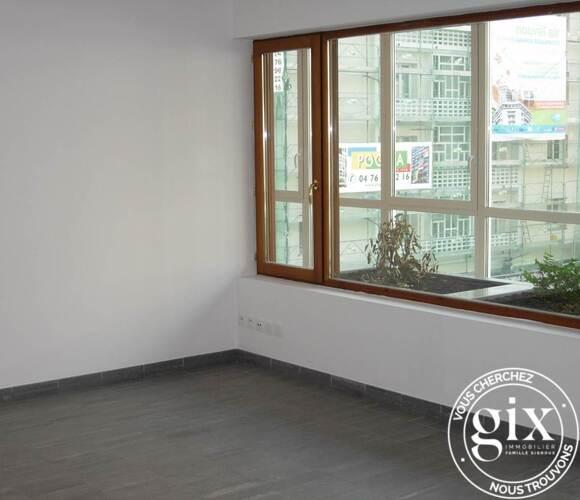Location Appartement 2 pièces 64m² Grenoble (38000) - photo