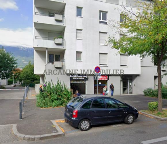 Sale Commercial premises 4 rooms 145m² Grenoble (38100) - photo