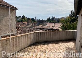 Vente Maison 3 pièces 84m² Parthenay (79200) - Photo 1