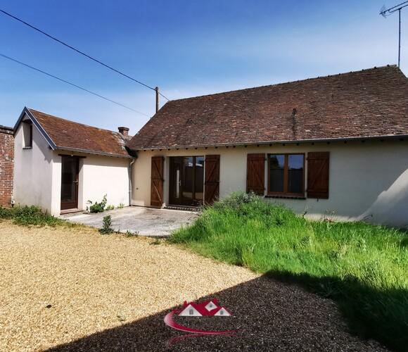 Location Maison 5 pièces 94m² Faverolles (28210) - photo