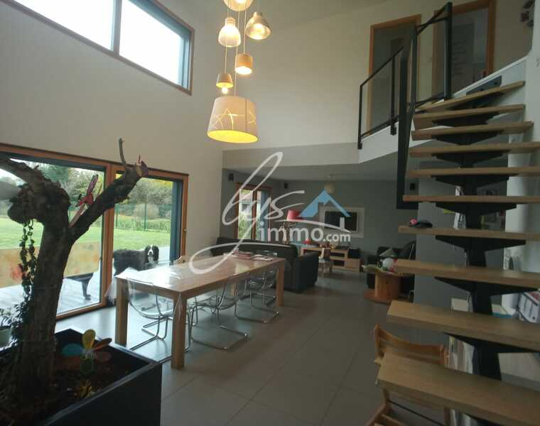 Vente Maison 130m² Sailly-sur-la-Lys (62840) - photo
