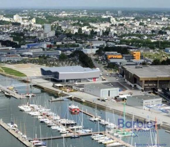 Vente Local commercial 1 pièce 200m² Lorient (56100) - photo