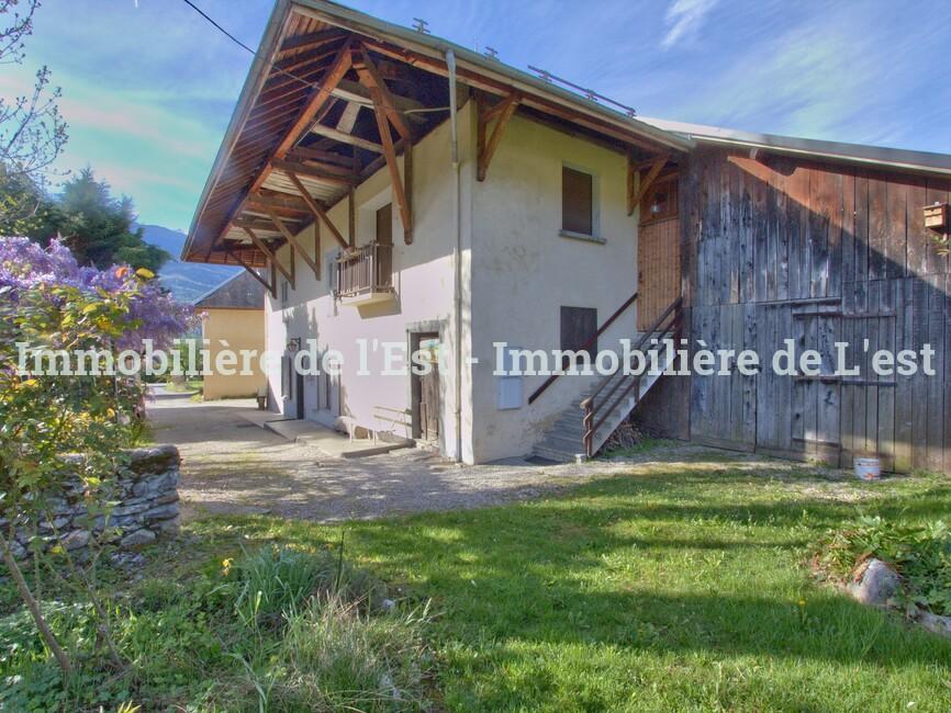 Vente Maison 10 pièces 260m² GILLY SUR ISERE - photo