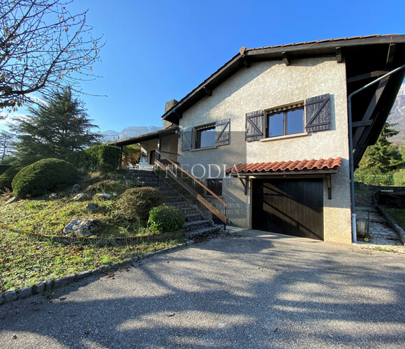 Location Maison 4 pièces 109m² Saint-Ismier (38330) - photo