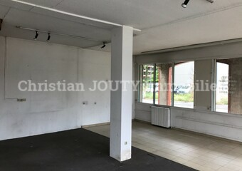 Location Local commercial 1 pièce 47m² Gières (38610) - Photo 1
