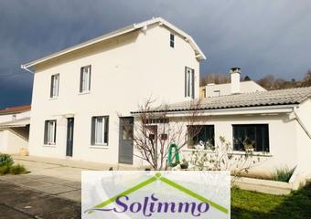 Vente Maison 3 pièces 80m² Bourgoin-Jallieu (38300) - Photo 1