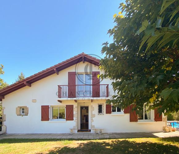 Vente Maison 4 pièces 150m² Mouguerre (64990) - photo