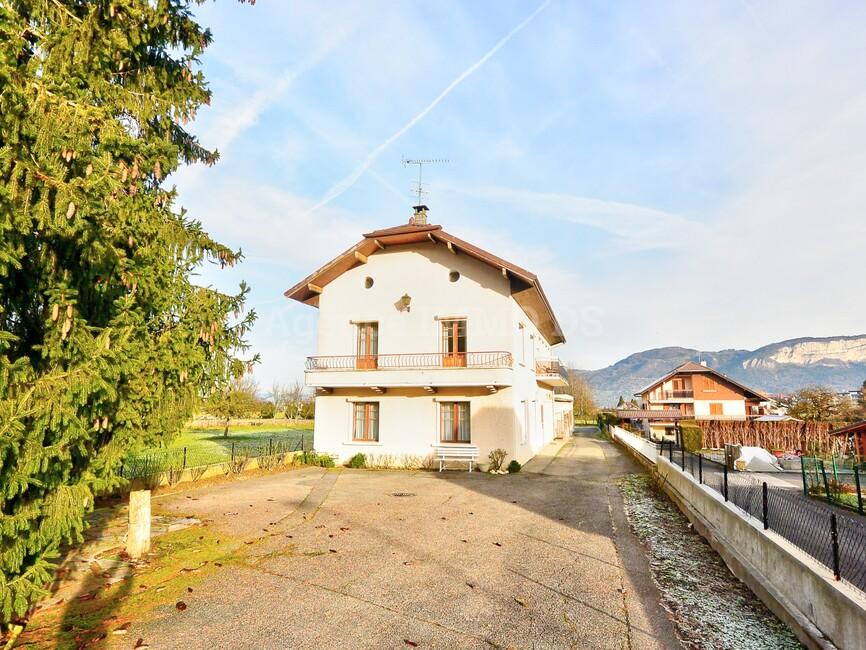 Vente Maison 165m² Saint-Pierre-en-Faucigny (74800) - photo