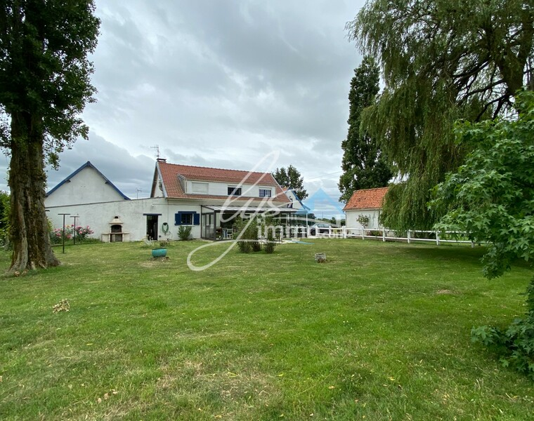 Vente Maison 323m² Bailleul (59270) - photo