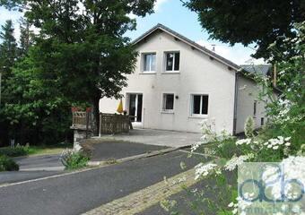 Vente Immeuble 10 pièces 250m² Les Estables (43150) - Photo 1