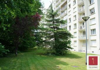 Renting Apartment 1 room 28m² Saint-Égrève (38120) - Photo 1