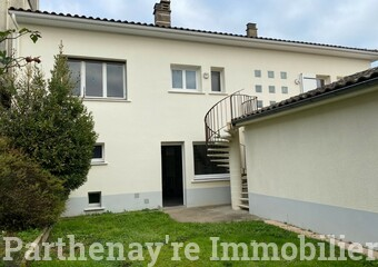 Vente Maison 4 pièces 132m² Parthenay (79200) - Photo 1