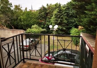 Renting Apartment 3 rooms 59m² Nogent-le-Roi (28210) - Photo 1