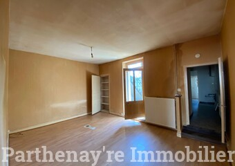 Vente Maison 2 pièces 48m² Parthenay (79200) - Photo 1