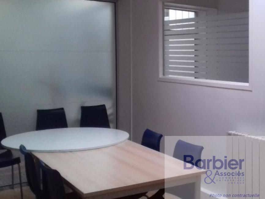 Location Bureaux 24m² Vannes (56000) - photo